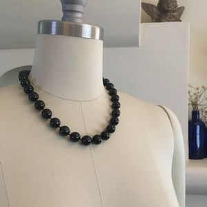 """Jewelry - Black beaded necklace heart clasp 18.5"""""""